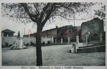Monumento ai caduti e castello normanno - anni 30-40